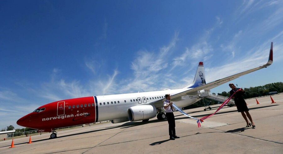 Norwegian Air Boeing 737-800.