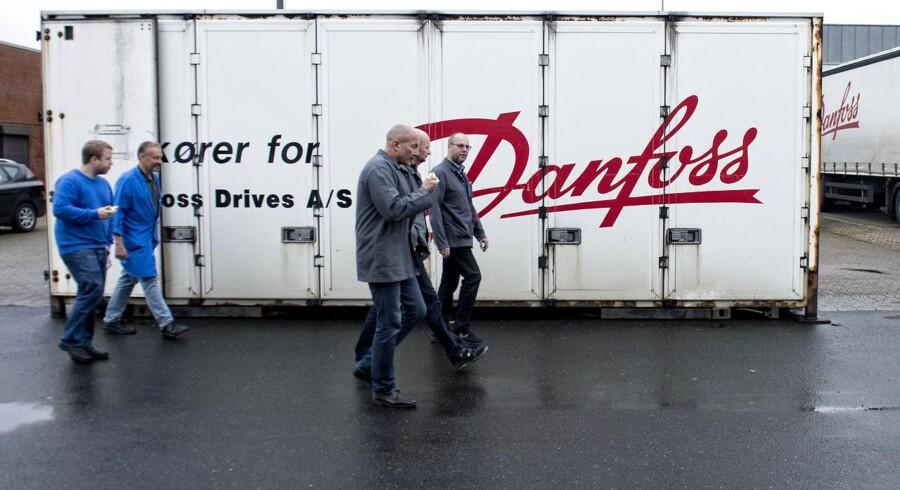 En kortlægning som fagbladet har foretaget viser således, at de otte familier, herunder Danfoss-familien, tilsammen har flyttet 5.650 arbejdspladser til enten Østeuropa eller Asien