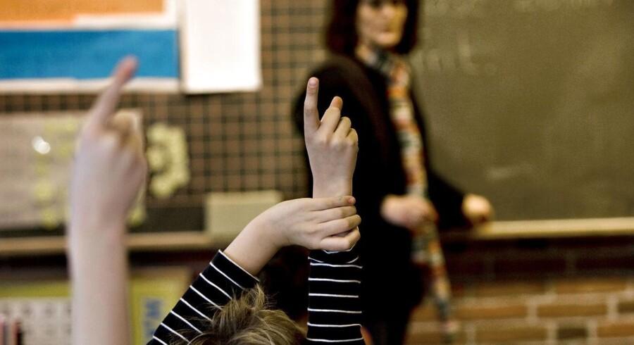 RB PLUS Lederkursus til lærere skaber ro i klassen. ARKIVFOTO: Folkeskolen ARKIVFOTO af undervisning i folkeskole- - Se RB 29/1 2015 05.32. Skolereformen har skræmt mange lærere væk, og det store problem er, at der er alt for få til at erstatte dem. (Foto: Steffen Ortmann/Scanpix 2014)