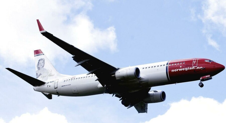 Selv om der er gang i forretningen i flyselskabet Norwegian, fører tab på valuta og brændstof til underskud på knap én milliard norske kroner. (EPA/KYRRE LIEN NORWAY OUT)