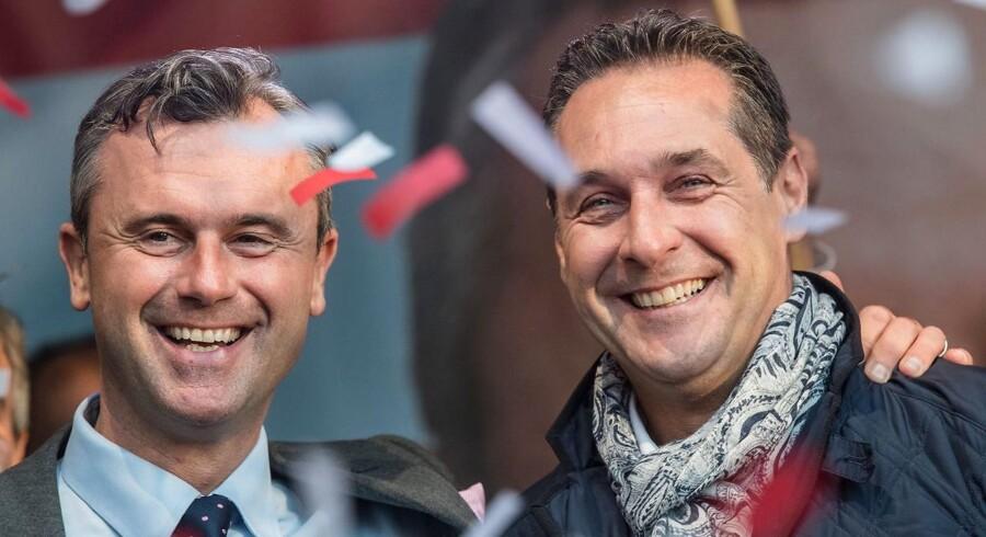 Norbert Hofer (V) og Heinz-Christian Strache (H).