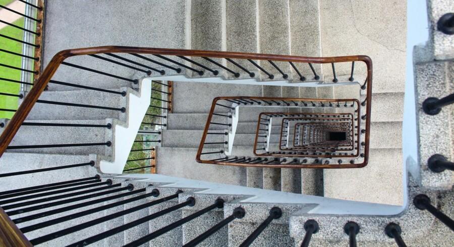 Som mange af det 20. århundredes funktionalistiske boligbyggerier var der også i Bellahøj-husene gjort en særlig indsats for, at trapperummene fremtrådte moderne og lyse.