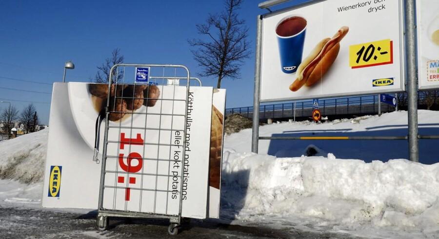 Også den svenske møbelgigant Ikea er påvirket af skandalen om hestekød, der er blandt i andre kødtyper. EU vil nu screene kødmarkedet for at afsløre svindel.