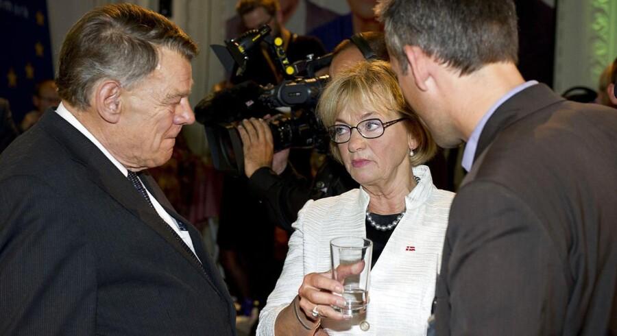 Pia Kjærsgaard og Jesper Langballe ved Dansk Folkepartis valgfest på Christiansborg 15. september 2011.