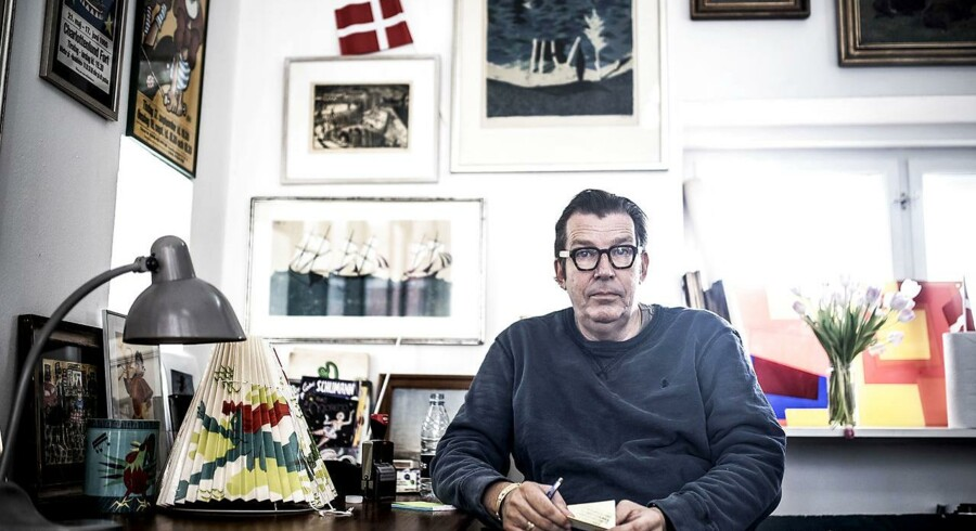 Skuespiller, komiker og cirkusdirektør Søren Østergaard fylder 60 år d. 11 maj. Fotograferet i Zirkus Nemos kunsthandel i Kongens Have.