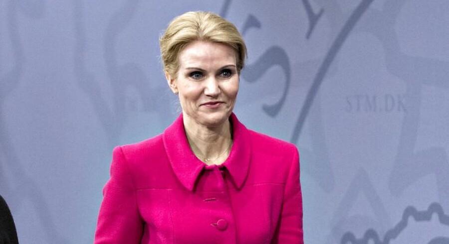ARKIVFOTO. Det vil skabe enorme forbedringer for den enkelte dansker, når han eller hun skal til eller fra arbejde, siger statsministeren om dagens indgåede aftale om Togfondens milliarder.