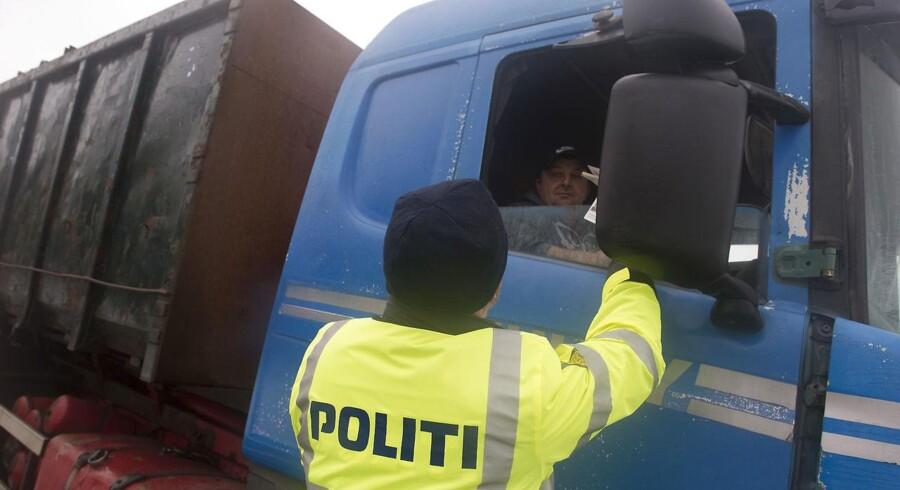 Grænsekontrol - Her lørdag 09.01.2016 - 6 dagen for kontrollen ved den dansk tyske grænes - Her ved overgangen i Padborg
