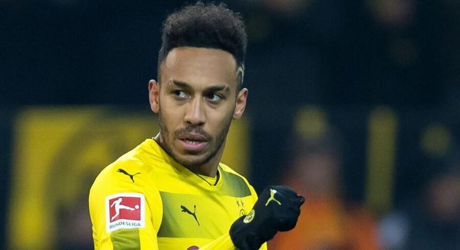 Pierre-Emerick Aubameyang er en af de fodboldstjerner, der skiftede klub i januar. Angriberen fra Gabon byttede tyske Borussia Dortmund ud med London-klubben Arsenal. Scanpix/Guido Kirchner