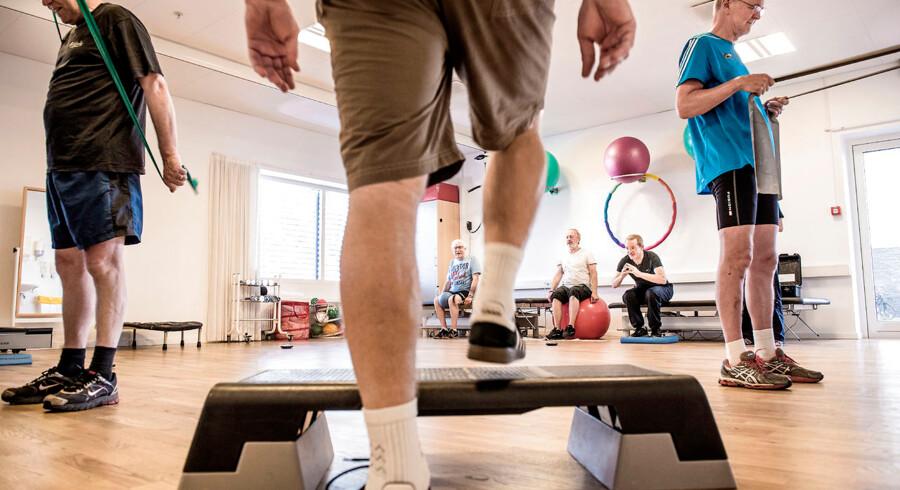 Mande gruppe i kræft-rehabilitering - Søborg, hvor de laver fysisk genoptræning efter et kræftforløb.