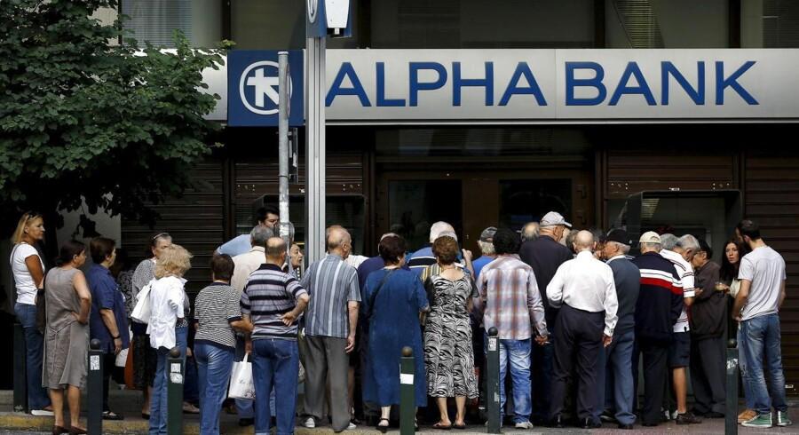 De fire pågældende banker, Alpha, Nationalbank of Greece, Piraeus og Eurobank har indtil den 6. november til informere ECB om, hvordan de vil dække den manglende kapital.