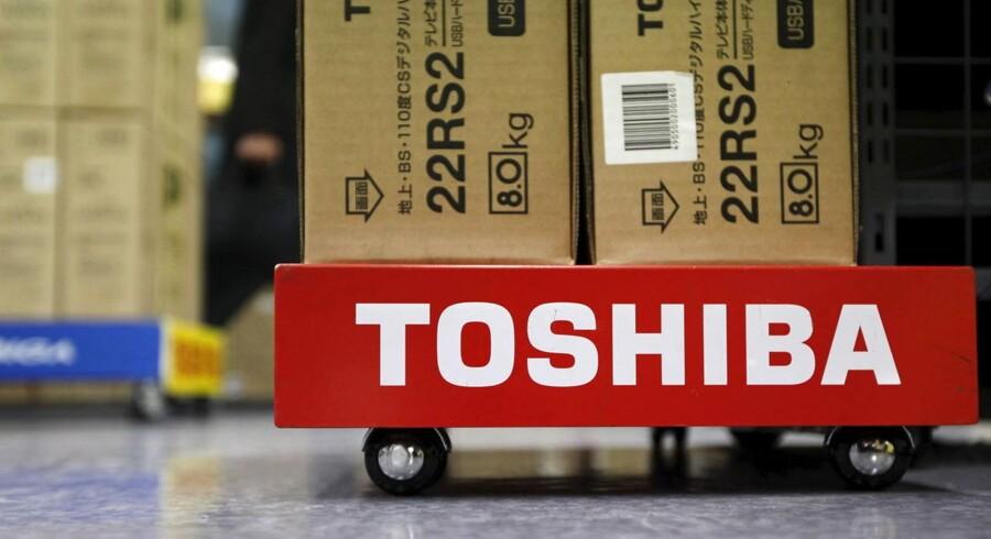 Toshiba, som blandt andet producerer fladskærms-TV og PCer, vil ikke sælge PC-produktionen fra som led i den økonomiske genopretning, fastslår en talsmand. Arkivfoto: Shohei Miyano, Reuters/Scanpix