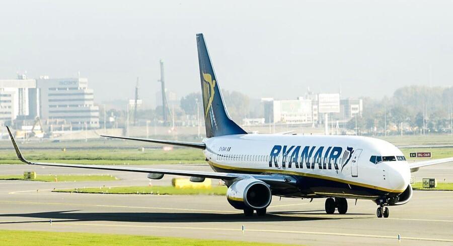 Ryanair har søgt om og fået lovning på at flyve fra Oslo-lufthavnen Gardermoen fire gange dagligt. Dermed vil irerne bevæge sig helt ind på konkurrenten Norwegians hjemmebane, hvor SAS også har mange daglige afgange.