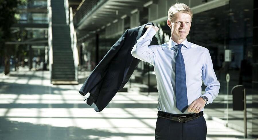 Trods massive tab på bundlinjen i DONG hvert år siden sin tiltrædelse er topchef Henrik Poulsens løn vokset med samlet 60 pct., siden han startede i energiselskabet i 2012.