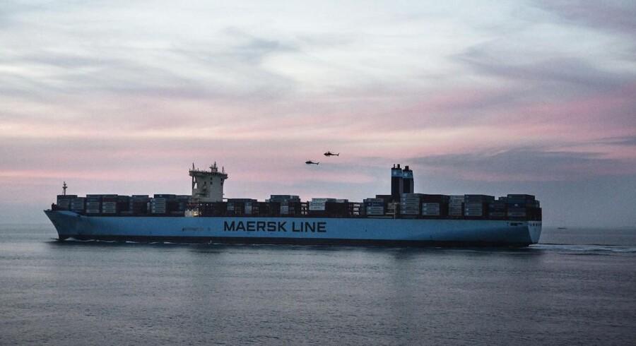 Tusindvis af bådflygtninge på Middelhavet må hvert år reddes i land af handelsskibe, blandt andet danske. Det fører til afbrudte sejladser og store menneskelige omkostninger, lyder det fra Danmarks Rederiforening.
