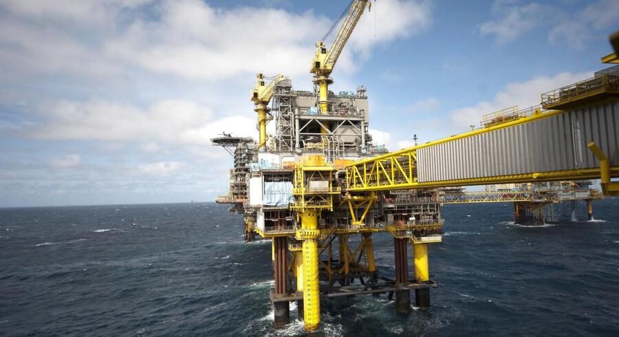 Faldende oliepriser sætter Togfondens finansiering under pres.