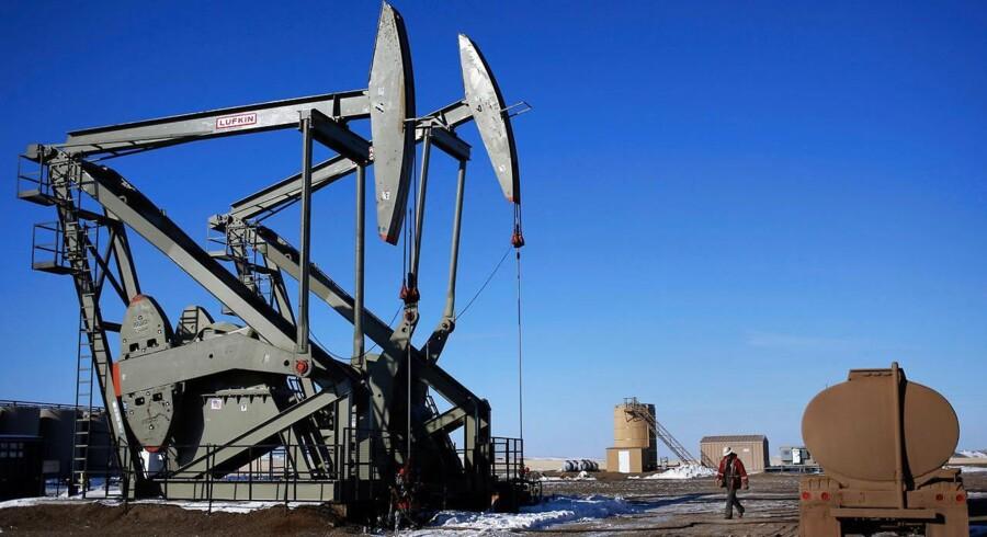 Brent olien er faldet under 65 dollar for en tønde, og vi skal tilbage til september 2009 for at finde et lignende prisniveau.