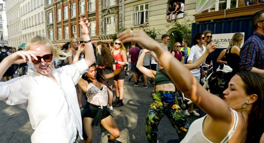 Distortion blev traditionen tro skudt i gang på Nørrebro. Det skete onsdag, hvorefter festen torsdag rykkede til Vesterbro, inden den fredag og lørdag sluttes på Refshaleøen (Foto: Sara Gangsted/Scanpix 2016).