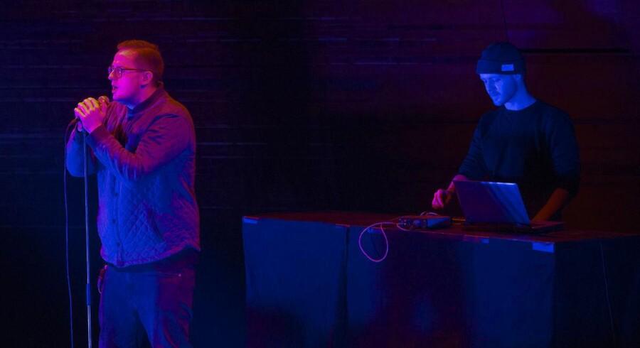 Benal på scenen i DR Koncerthuset 5. december 2015 ved den årlige P6 Beat Rocker Koncerthuset. I aften har gruppen vundet P3 Guld.