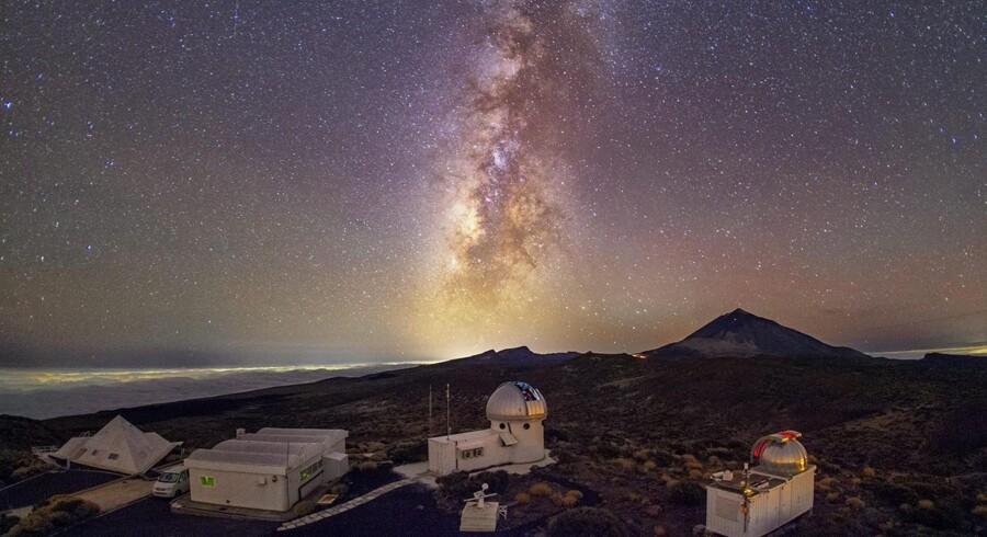 Fra Izaña-bjerget på den canariske ø Tenerife har det nye danske miniteleskop en fabelagtig udsigt til Mælkevejen.