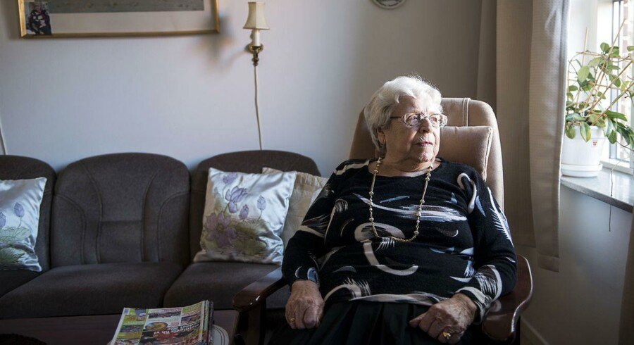 Anny From Billing på 83 år bor på plejecentret Bonderupgård i Vanløse. Hun er så heldig hver anden dag at få besøg af sin søn, der bor i nærheden, men hun ville ikke bryde sig om, at det blev et krav, at børn skulle møde op hos forældrene, sådan som det er i Holland. Hun vil have, at familien skal besøge hende af lyst.