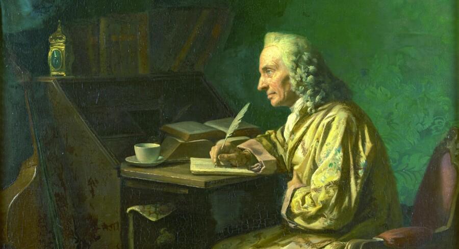 Holberg ved skrivebordet er et nærliggende motiv, men er kun udført to gange. Af Wilhelm Marstrand og som her af Carl Thomsen.