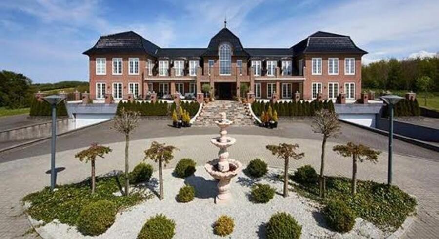 Den fynske byggematador Michael Rosenkilde Nissens gods er netop sat til salg til den nette sum af 60 millioner kr.