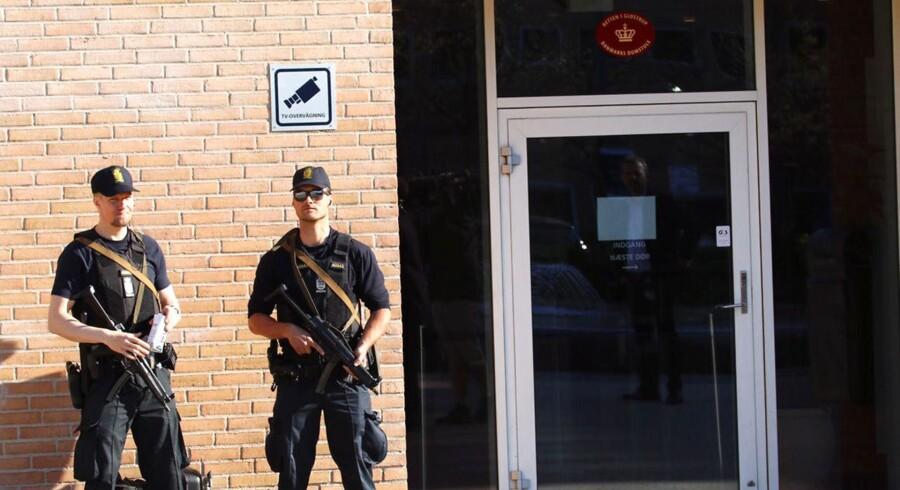 Straffesagen mod en ung mand, der anklages for terror ved at lade sig hverve af Islamisk Stat, indledes. (Foto: Mathias Øgendal/Scanpix 2016)