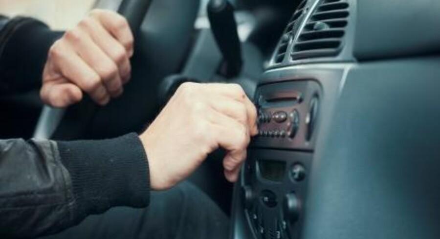 Et par sekunders uopmærksomhed kan få alvorlige konsekvenser, når man kører bil.