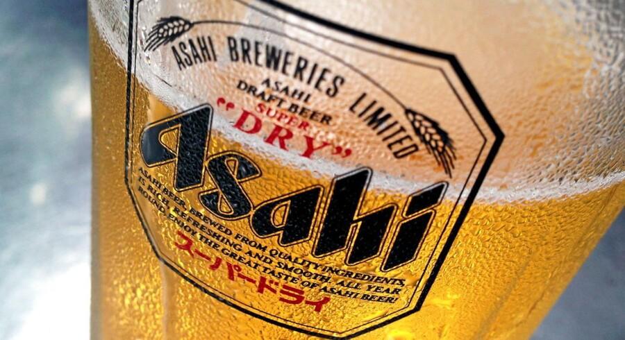 Asahi øl. REUTERS/Tim Wimborne/Files