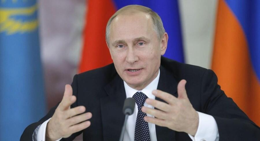 Nu begynder sanktionerne for alvor at gøre ondt på russisk økonomi.