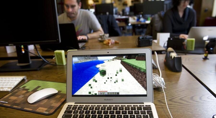 Den svenske spilproducent Mojang står bag det populære »Minecraft«, hvor man arbejder med Lego-lignende byggeklodser. Mojang er Sveriges største spilproducent og står nu til at blive overtaget af amerikanske Microsoft. Arkivfoto: Fredrik Sandberg, EPA/Scanpix