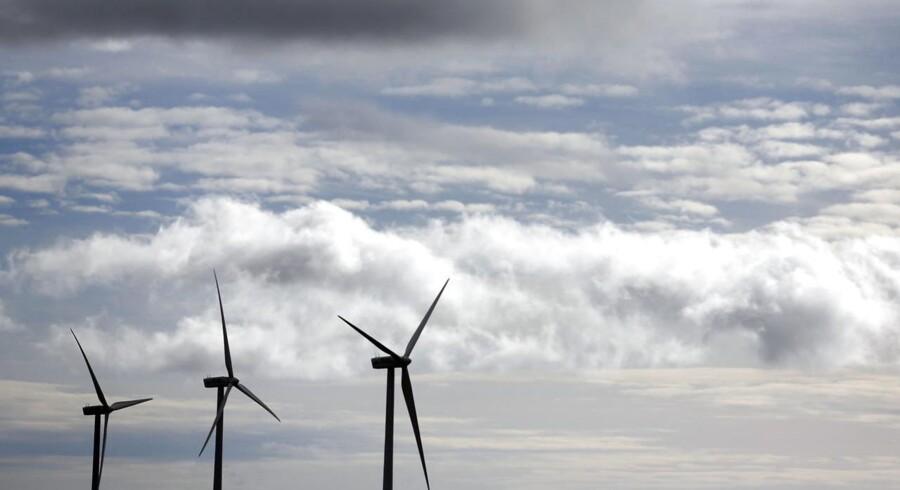 Den spanske vindmølleproducent Gamesa er i samtale med tyske Siemens om et købstilbud.