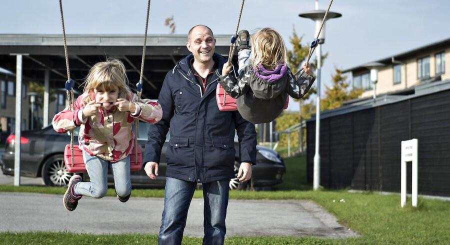 Lund Poulsen er talsmand for beboere i Skødstrup i.f.m. en swapsag om salg til private, der starter ved Vestre Landsret i uge 43. Her case-familie.