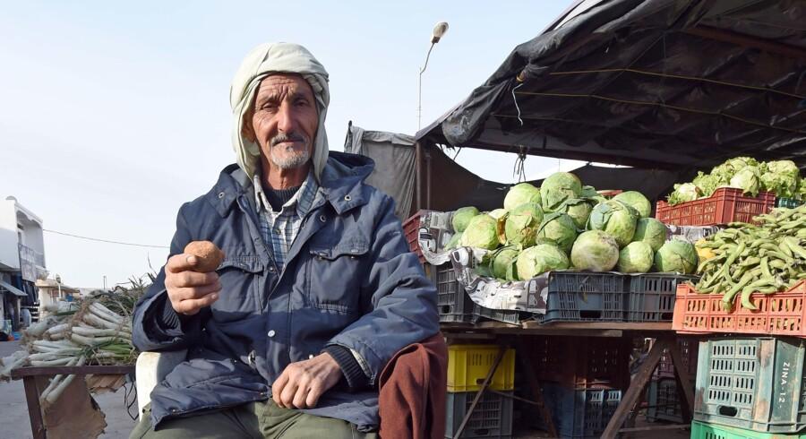 I de tunesiske byer er der ligesom i de øvrige byer i Nordafrika et livligt markedsliv, men landet er meget mere end det: »Tunesien er også et forbavsende veludviklet land med en uddannet befolkning og en industri, der på mange måder kan måle sig med den vesteuropæiske,« forklarer Anders Torbøl, partner i Njord advokatfirma, som skal være formand for et nyt dansk-tunesisk handelskammer. Foto: Fethi Belaid