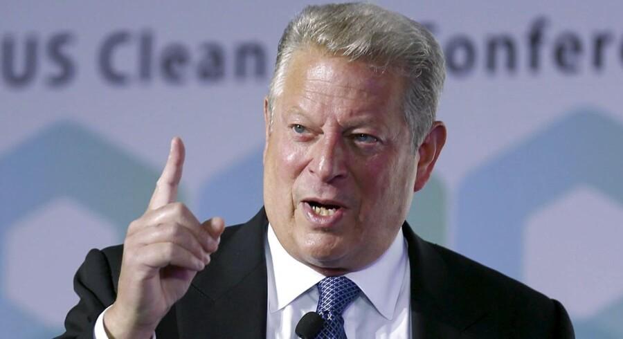 Al Gore nævnes nu som en mulig præsidentkandidat.