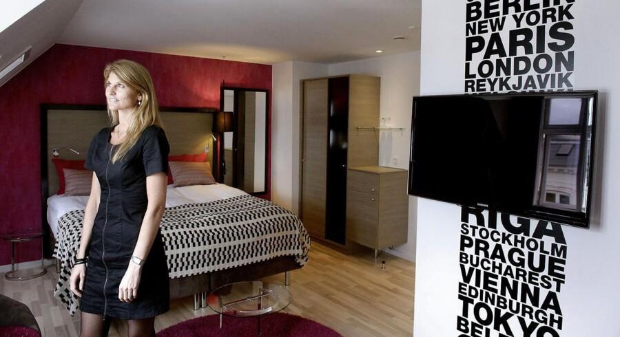 Direktør på Hotel Andersen, Karen Nedergaard, gik i 2009 i gang med en Executive MBA på CBS. Tidligere var MBA-uddannelserne i høj grad målrettet de fag, der traditionelt er mandsdominerede som finans- og konsulentbranchen. Nu udbydes MBA bredere og med mange flere nuancer, som er med til at tiltrække kvinder. Især fik Karen Nedergaard udbytte af at grave sig ned i det strategiske og uvikle et nyt koncept for sine hoteller.
