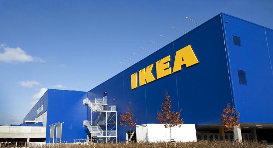 Ikea i Danmark vil ikke trække møbler tilbage, selv om de betragtes som farlige på det amerikanske marked.