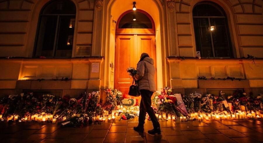RB PLUS Et angreb på den franske folkesjæl. Ritzau 15/11 2015 18.43. AFP PHOTO / JONATHAN NACKSTRAND
