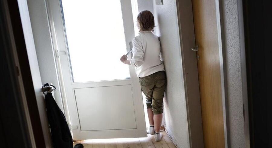 10-årige Cecilie har autisme og fungerer dårligt sammen med de andre børn i klassen. Hun er angst og vil ikke i skole.