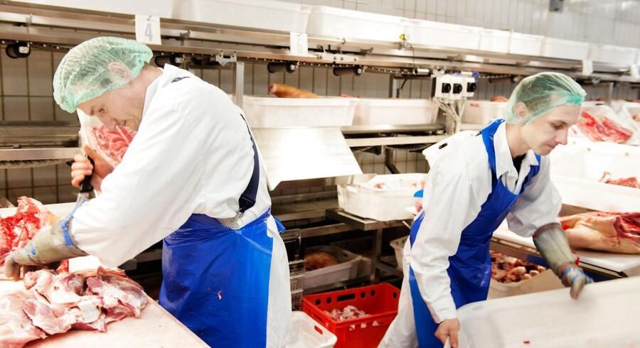 Danish Crown omsatte for 30,1 milliarder kroner i første halvår, hvor der var pres på priserne på svinekød.