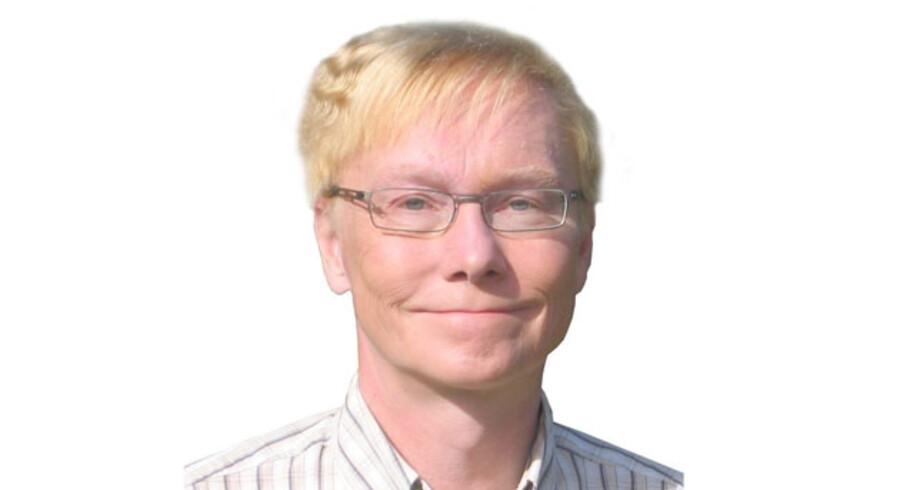 Torben Okholm, Tekstforfatter, oversætter og korrekturlæser