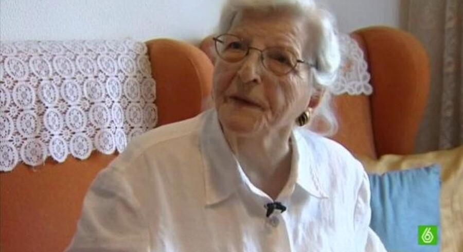 Alegría Castarlena fortalte på TV om sin sag, som en nabo hjalp hende med at rejse mod en sparekasse.