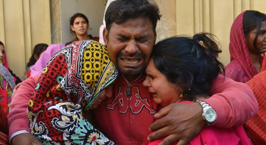 Lahore er hovedstad i Pakistans rigeste provins, Punjab, og bliver betragtet som landets politiske og kulturelle hjerte. Angrebet mod det pakistanske samfunds magtbase har derfor igen rejst spørgsmålet, hvorvidt myndighederne er effektive nok til at bekæmpe militante grupper.
