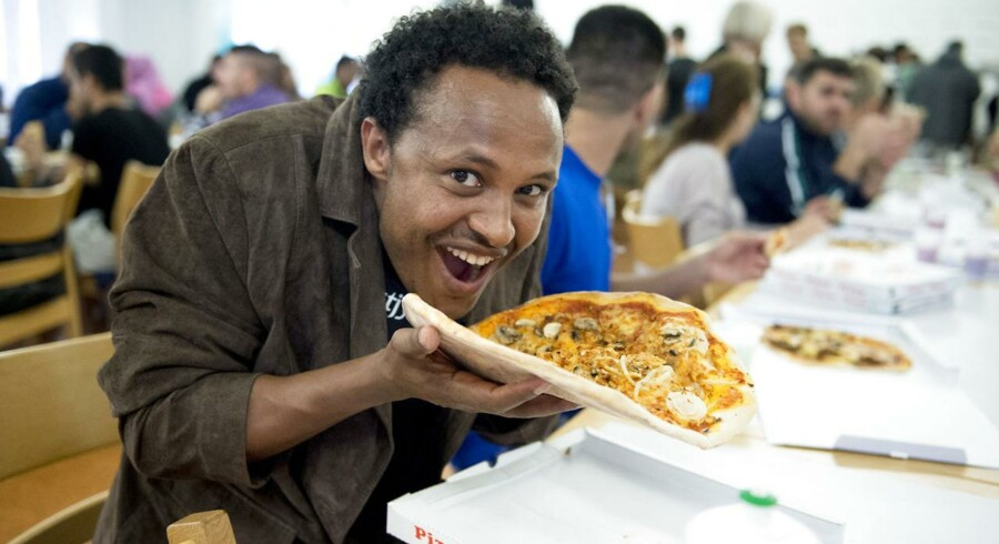 Beboere på asylcentret Ny Skovlund ved Holstebro fik sidste uge uddelt 250 gratis pizzaer af en pizzeria-ejer fra lokalområdet.