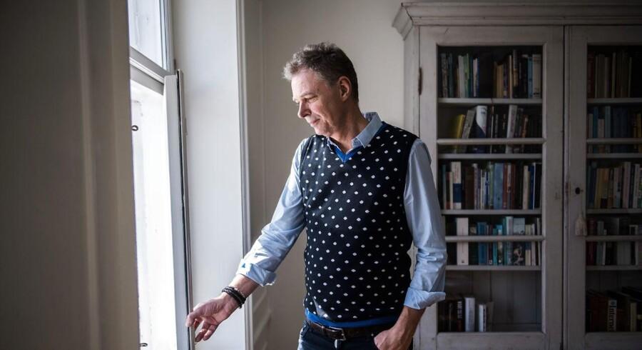 Klaus Riskær Pedersen går onsdag eftermiddag på gaden sammen med adskillige københavnske politikere i forsvar for to af landets ældste værtshuse.