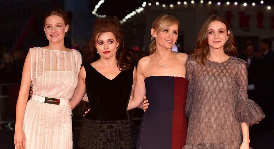 De engelske skuespillere Romola Garai, Helena Bonham Carter, Anne Marie Duff og Carey Mulligan ved premieren til »Suffragette« i 2015, en film om kvindernes kamp for stemmeretten. En af de fire kvinder skal nu være James Bonds næste modstander forlyder det.