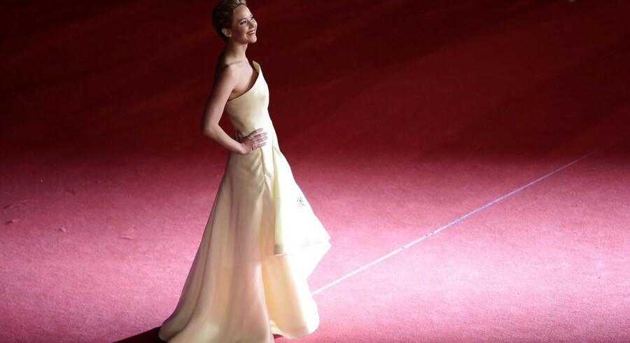 Jennifer Lawrence på den røde løber.