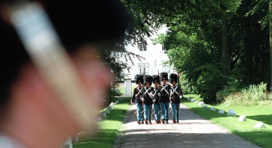 Den afdøde garder skulle var på Sønderborg Kaserne i forbindelse med vagttjeneste ved Gråsten Slot, da han blev dårlig og indlagt. - Arkivfoto