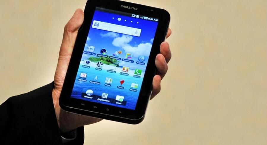 Googles Android-styresystem breder sig med lynets hast og rykker nu også ind på tavle-PCerne - senest Samsungs Galaxy Tab (billedet). Foto: Odd Andersen, Reuters/Scanpix