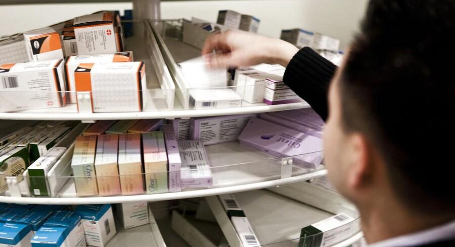 Modsat anden detailhandel har apotekerne hængt i bremsen, når det kommer til salg på nettet. Men nu sætter branchen fut på den digitale kedel.